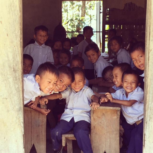 Schoolkids-Saiphai